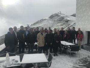 Bei Schnee auf 1095m Höhe diskutierten motivierte ArchitektInnen aus Bayern, Tirol und Vorarlberg die  Wettbewerbs- und Vergabekonsulenz